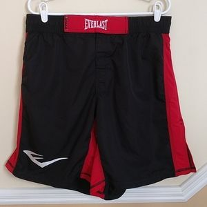 Everlast MMA Boxing Black & Red Shorts size XL